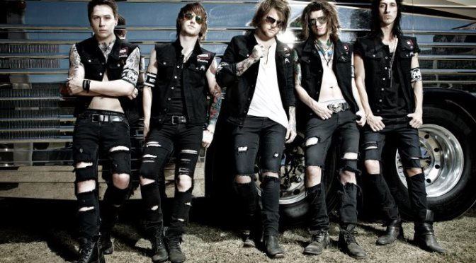 """NUOVO DVD: """"Live from Brixton and Beyond"""" by Asking Alexandria"""