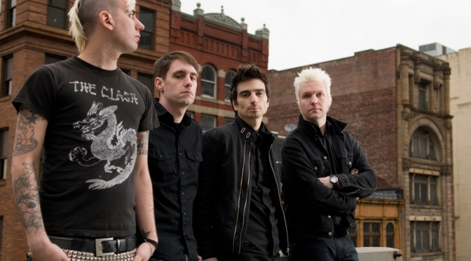 "NUOVA CANZONE: ""Sky Is Falling"" by Anti-Flag"