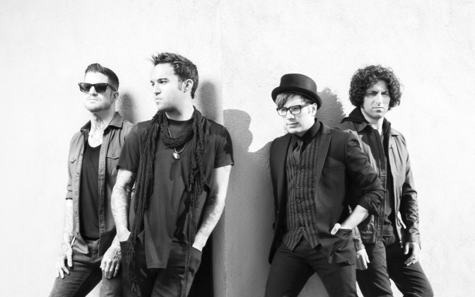 """NUOVA CANZONE: """"The Kids Aren't Alright"""" by Fall Out Boy"""