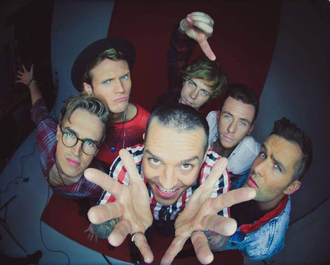 "NUOVA COVER: ""Love Me Like You Do"" by McBusted"