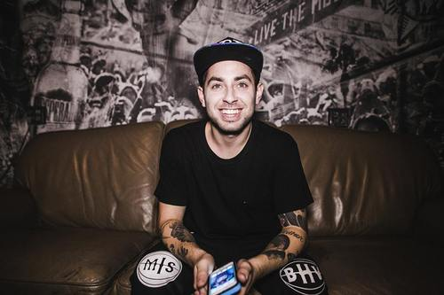 "STREAMING: ""Leave Your Love"" by Tyler Carter"