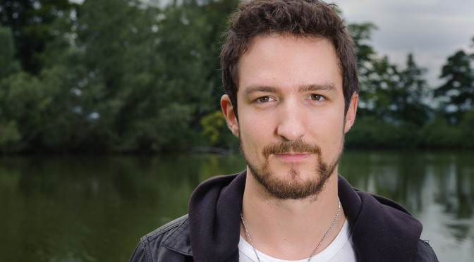 """LIVE: """"The Sand in the Gears"""" by Frank Turner"""