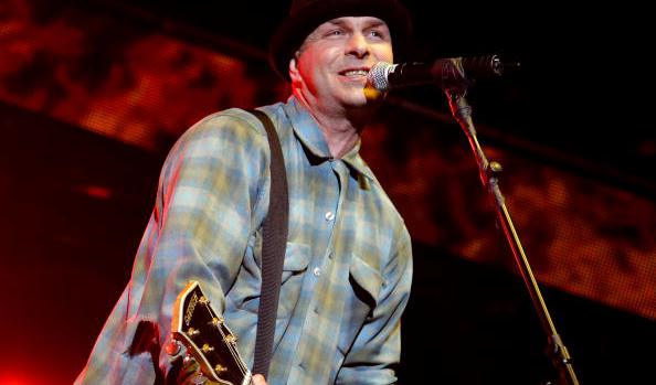 """ACOUSTIC: """"Black Lung"""" by Tim Armstrong"""