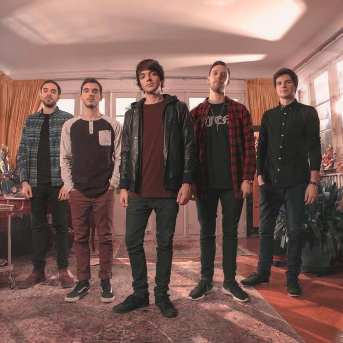 Chunk! No, Captain Chunk! in Italia