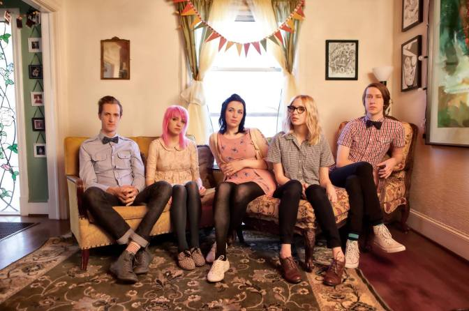"NUOVA COVER: ""Leaving on a Jet Plane"" by Eisley"
