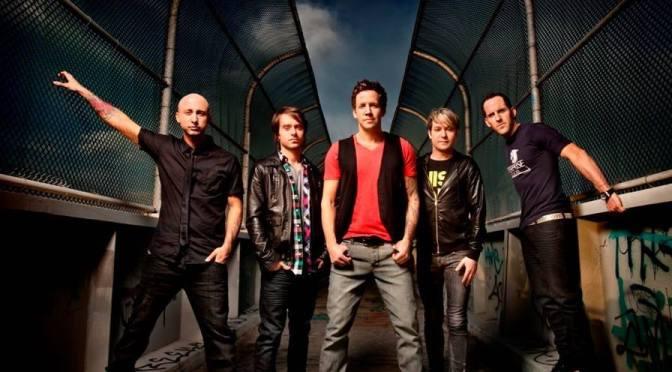 "NUOVO LYRIC VIDEO: ""Perfectly Perfect"" by Simple Plan"