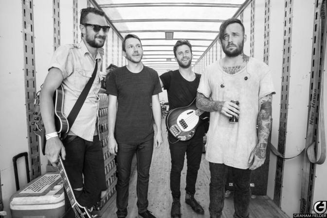 "NUOVO VIDEO: ""Sure"" by Emarosa"