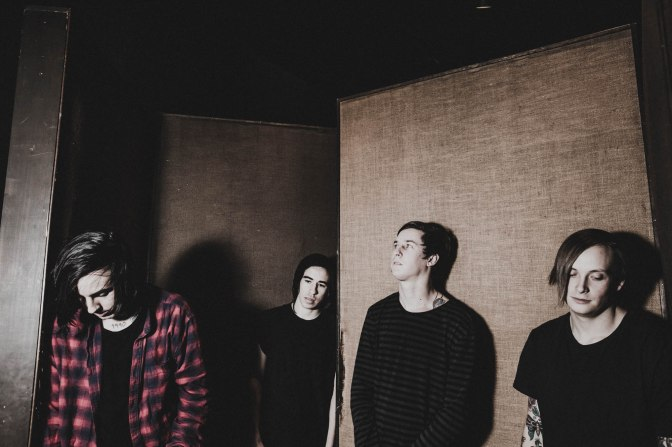 "NUOVA CANZONE: ""Tear Me Apart"" by Capsize"