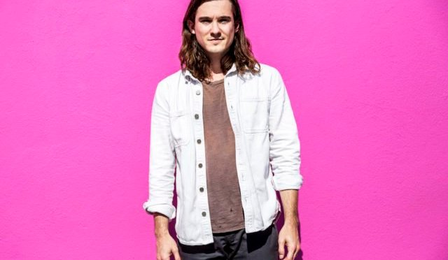 "NUOVA CANZONE: ""Still Beating"" by Chris Farren"