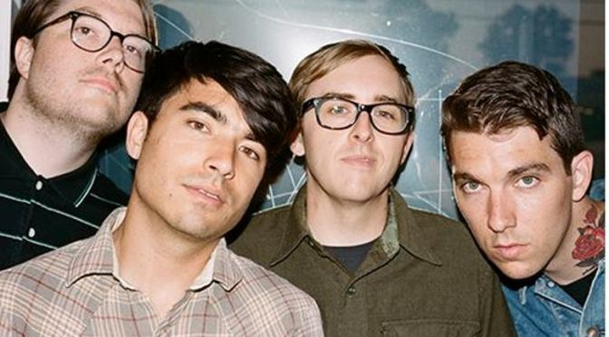 """NUOVA COVER: """"Falling Out Of Love With You"""" by Joyce Manor"""