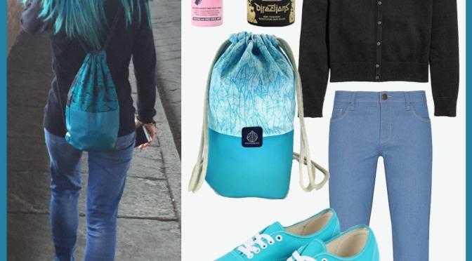 Ruba il suo stile: la ragazza dai capelli blu