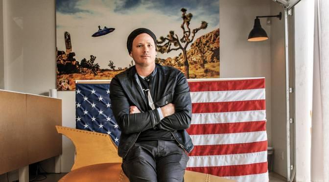 Tom DeLonge nominato ricercatore di UFO dell'anno!