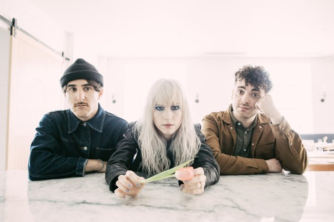 "NUOVO VIDEO: ""Rose-Colored Boy"" by Paramore"