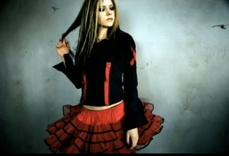 rare-under-my-skin-images-avril-lavigne-11341463-474-323
