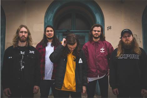 "NUOVO VIDEO: ""Billy No Mates"" // ""Counting Worms"" by Knocked Loose"