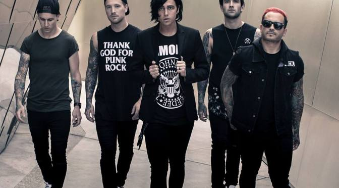 "Sleeping With Sirens: il video di ""Legends"" è un tributo ai fans"