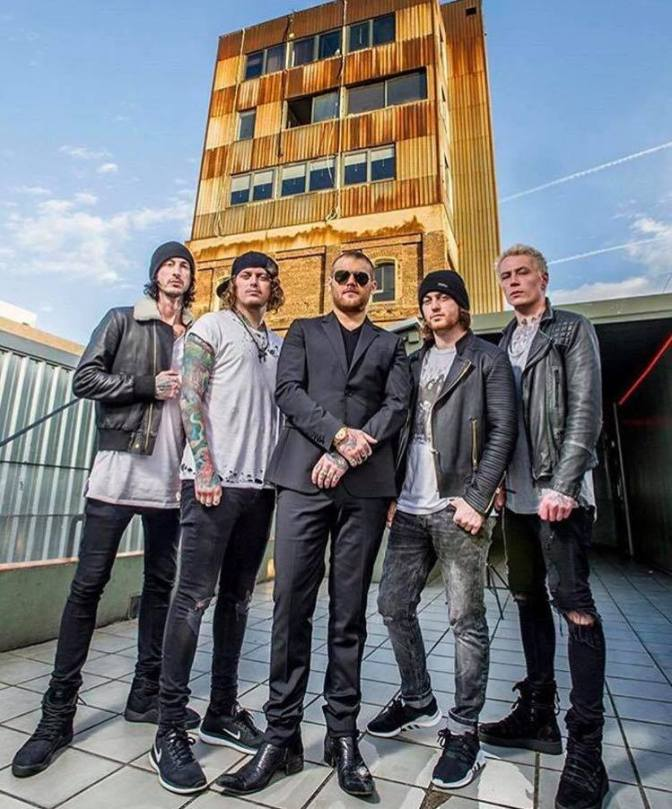 """NUOVA CANZONE: """"Into the Fire"""" by Asking Alexandria"""