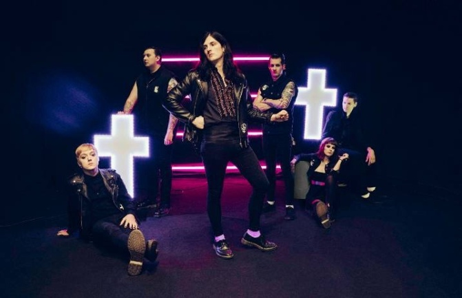 Creeper: la reazione di Hannah Greenwood a un commento sessista