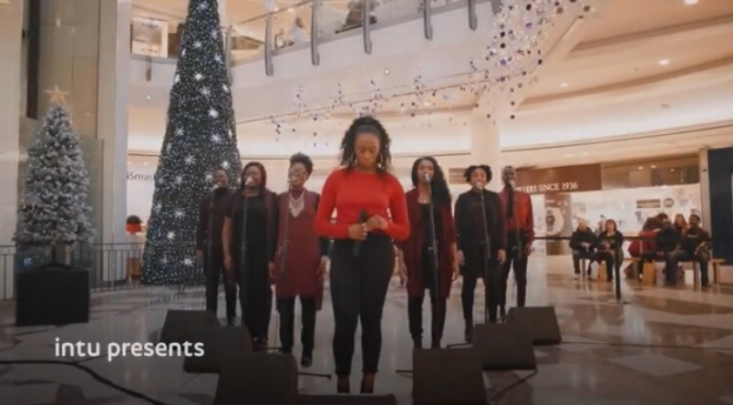 Ascolta la canzone di Natale più felice di sempre che fa incazzare tutti