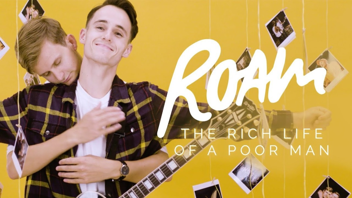 Giallo ovunque nel video dei Roam per The Rich Life of a Poor Man