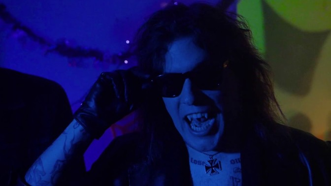 I The Menzingers anticipano Halloween con il video della nuova canzone The Freaks
