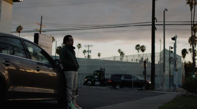 Can't Knock the Hustle: un malcapitato Pete Wentz nel video della nuova canzone degli Weezer