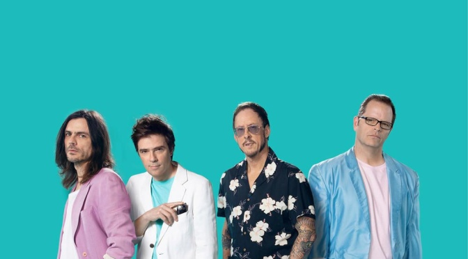 """REVIEW: """"Weezer (Teal Album)"""" by Weezer"""