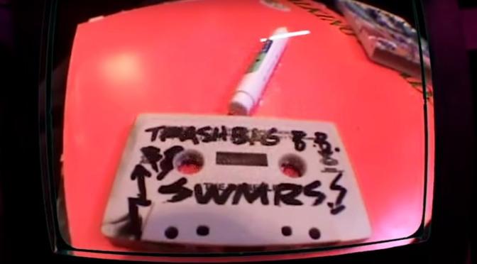 Gli SWMRS, una skater e la nuova canzone Trashbag Baby