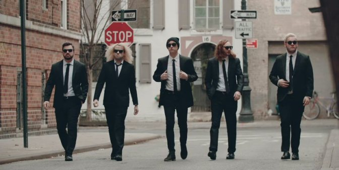 "Gli State Champs dedicano un video a un iPod: ecco ""Criminal"""